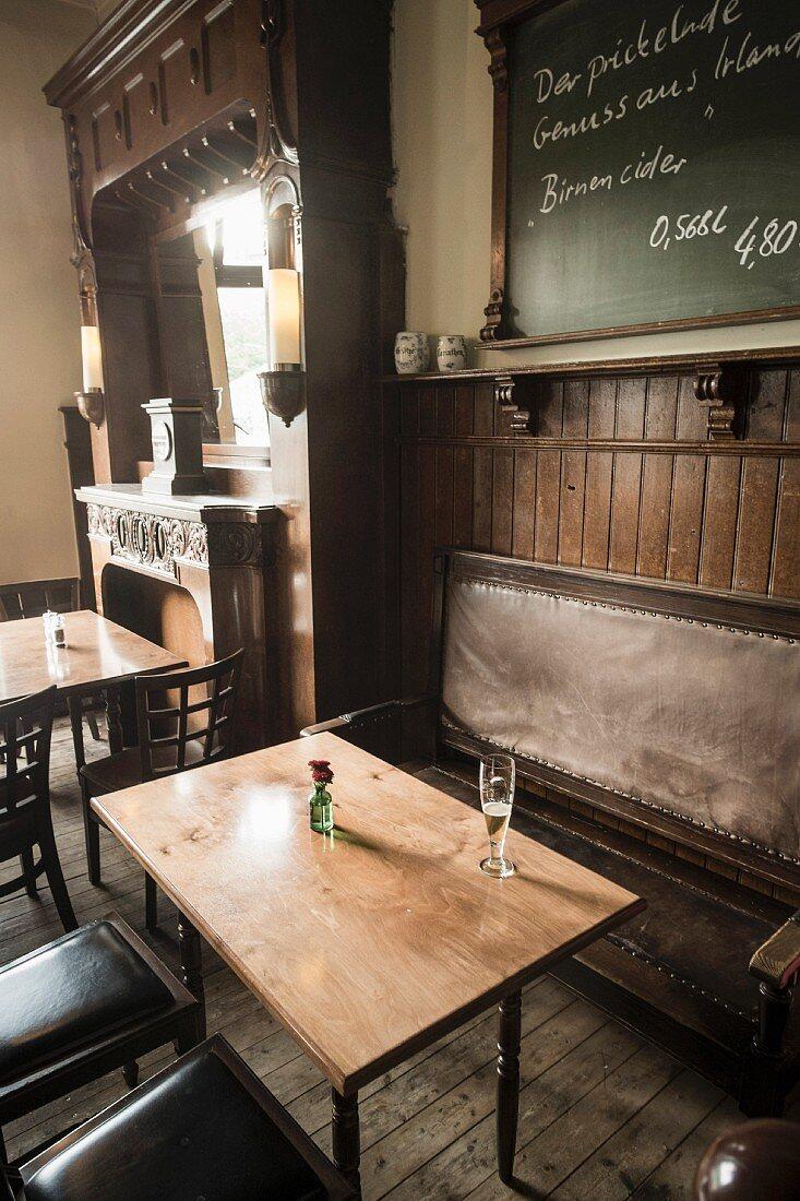 Inside the traditional pub Anno 1905 in Hamburg