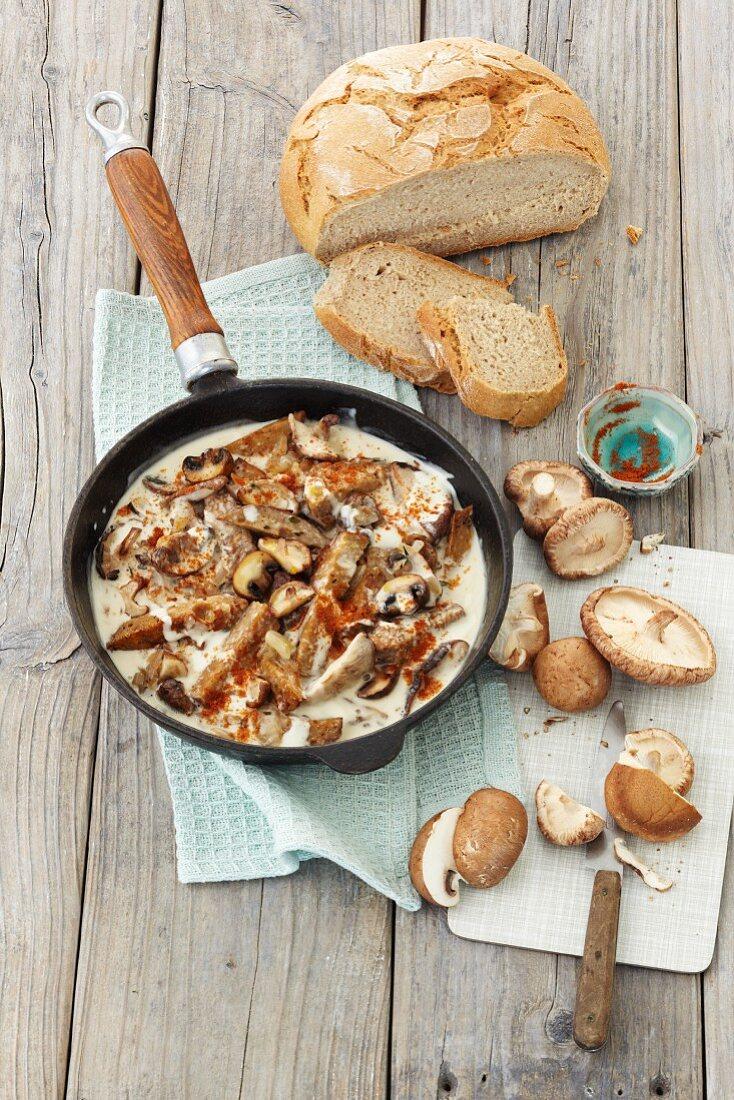 Seitan goulasch with mushrooms