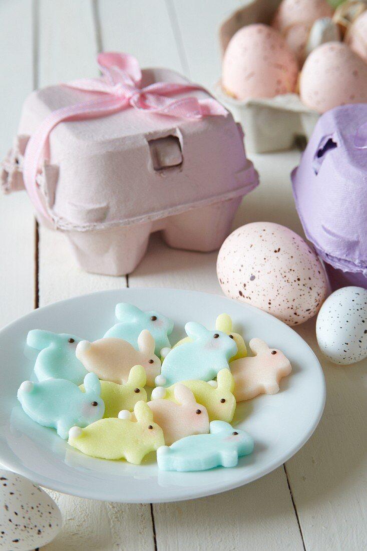 Pastel-coloured fondant Easter bunnies