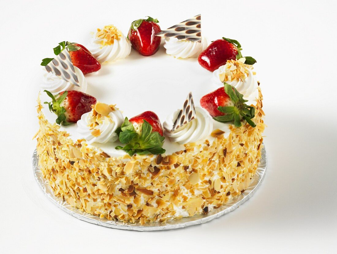 Strawberry torte with slivered almonds