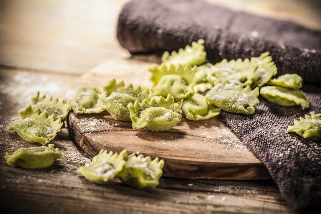 Green raviolini