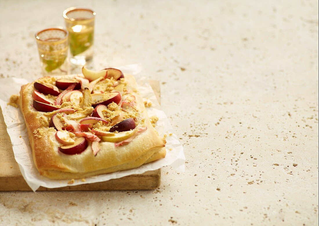Quark and argan oil tray bake cake