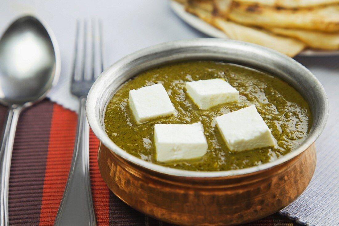 Palak paneer (spinach cream with cream cheese, India)