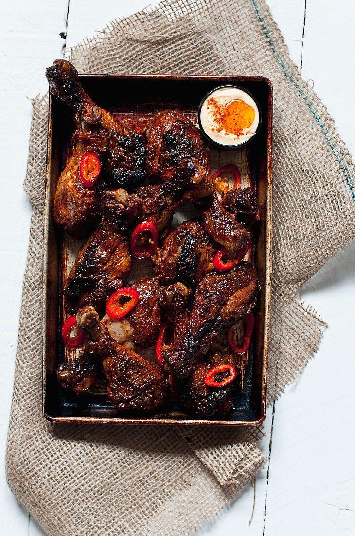 Scharfe Hähnchenkeulen aus dem Ofen