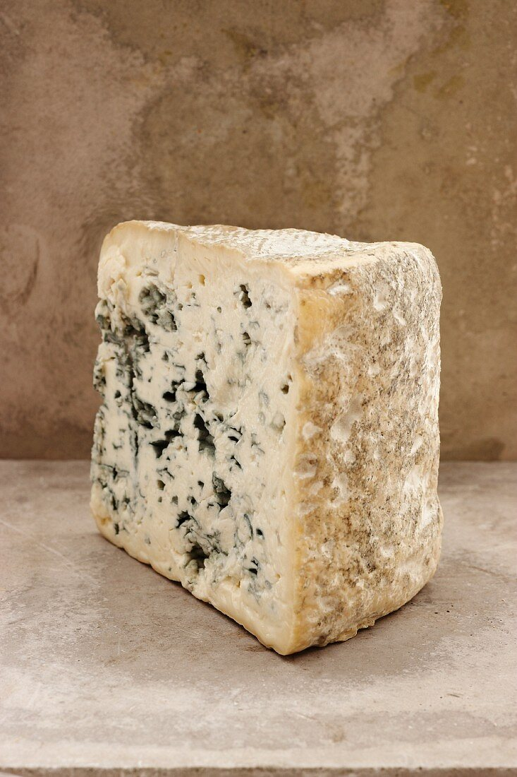 Queso Cabrales (Spanish blue cheese)