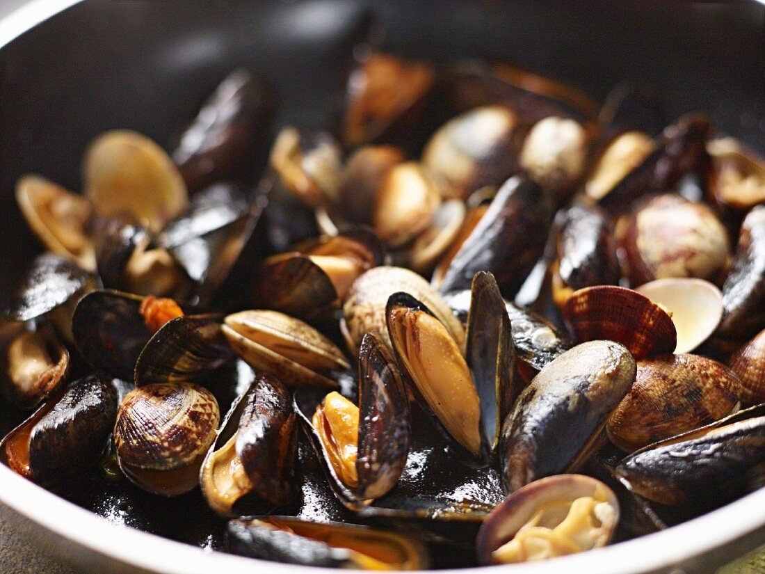 Fried mussels and clams