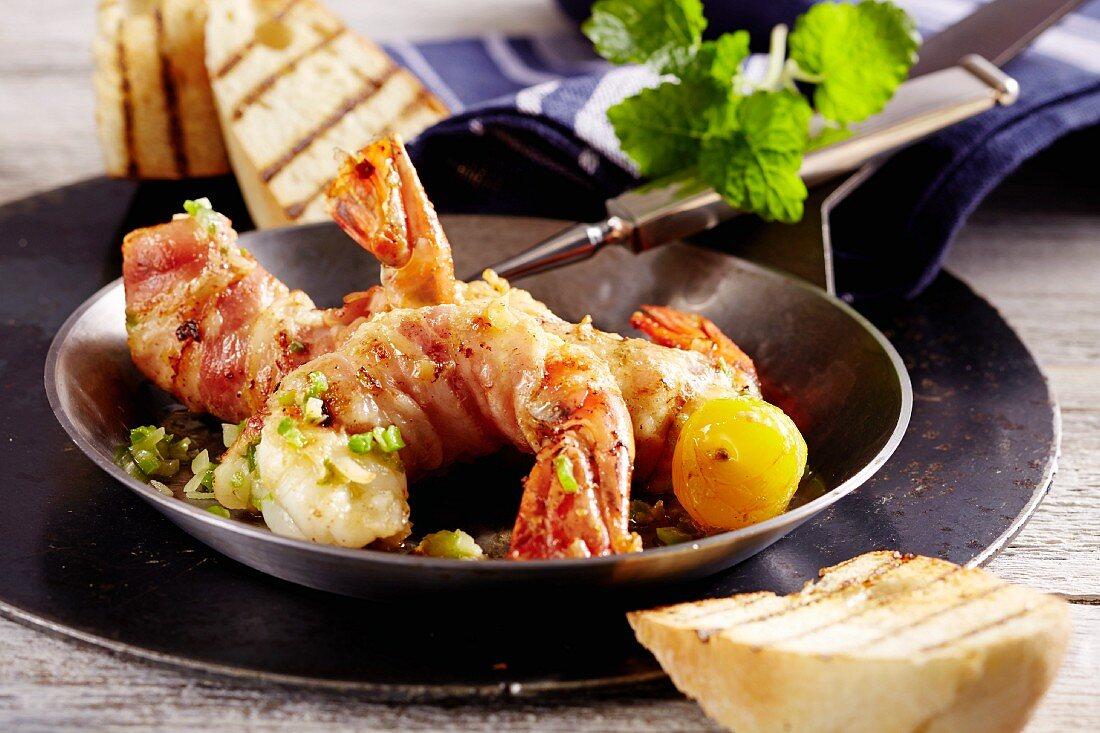 Shrimp roll ups (prawns wrapped in bacon, Key West, Florida, USA)