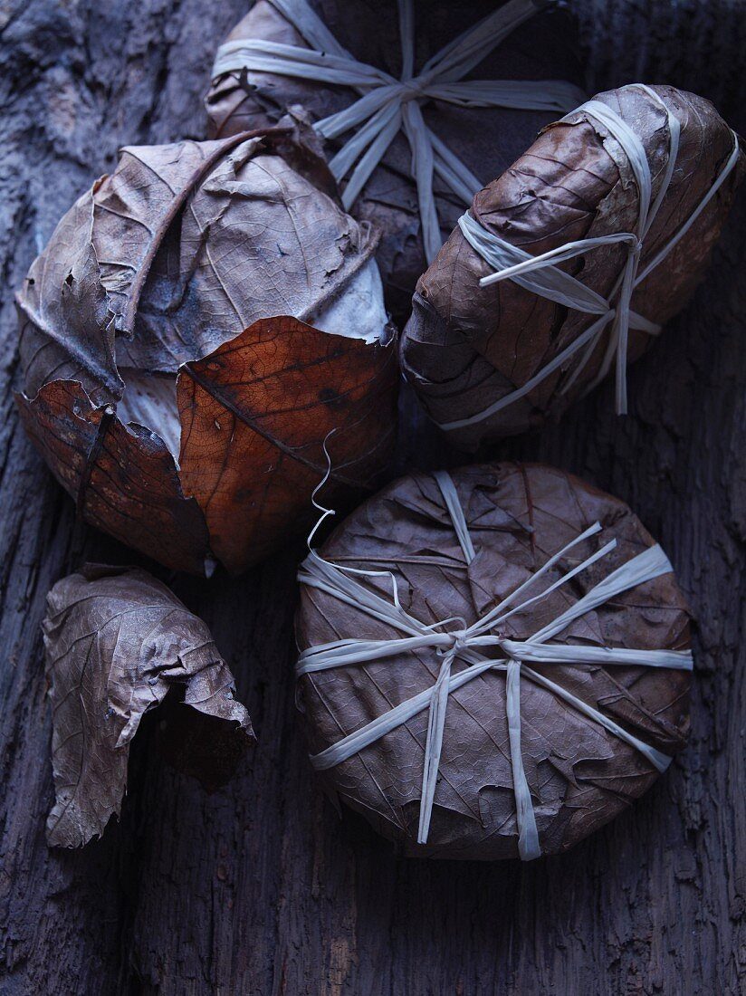 Banon (cheese ripened in chestnut leaves, France)