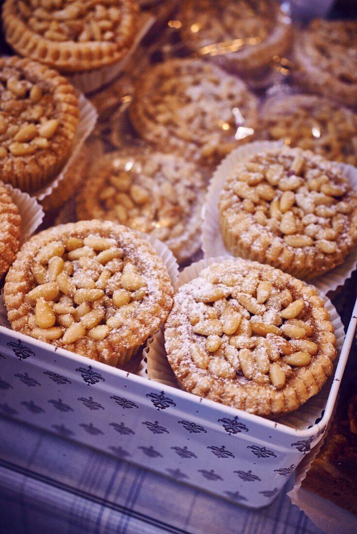 Pine nut tartlets