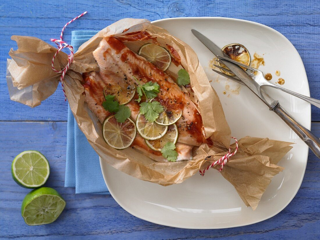 Fish and lime parcels with coriander