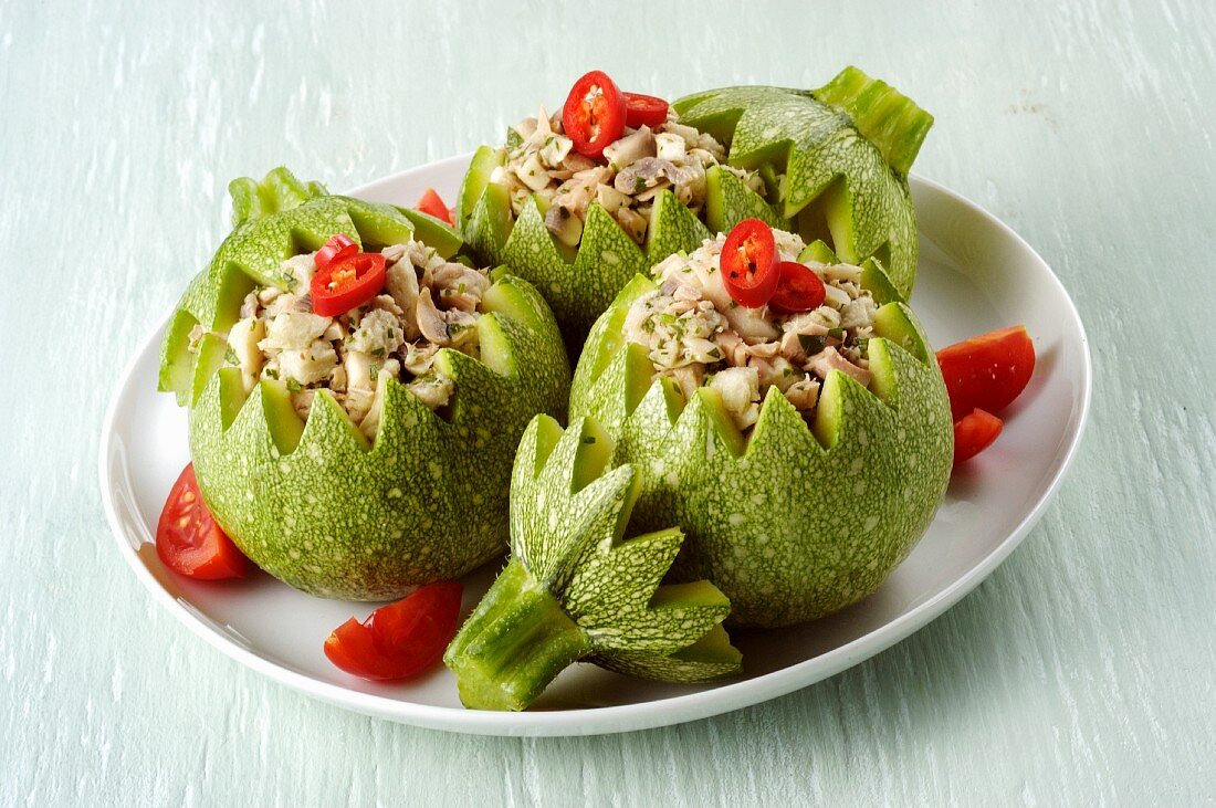 Round courgettes stuffed with mushrooms