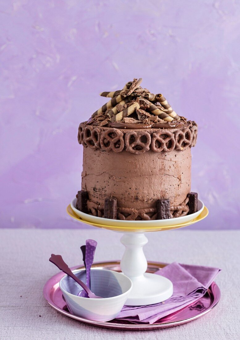 Pimped Chocolate Cake with Pretzels