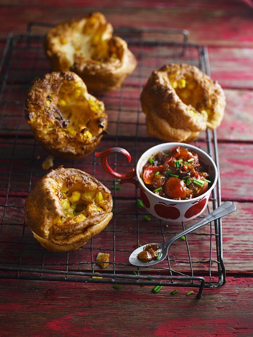 Corn muffins with tomato relish