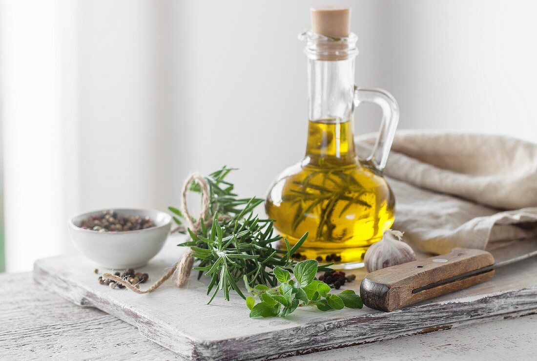 Italian herbs with olive oil and pepper