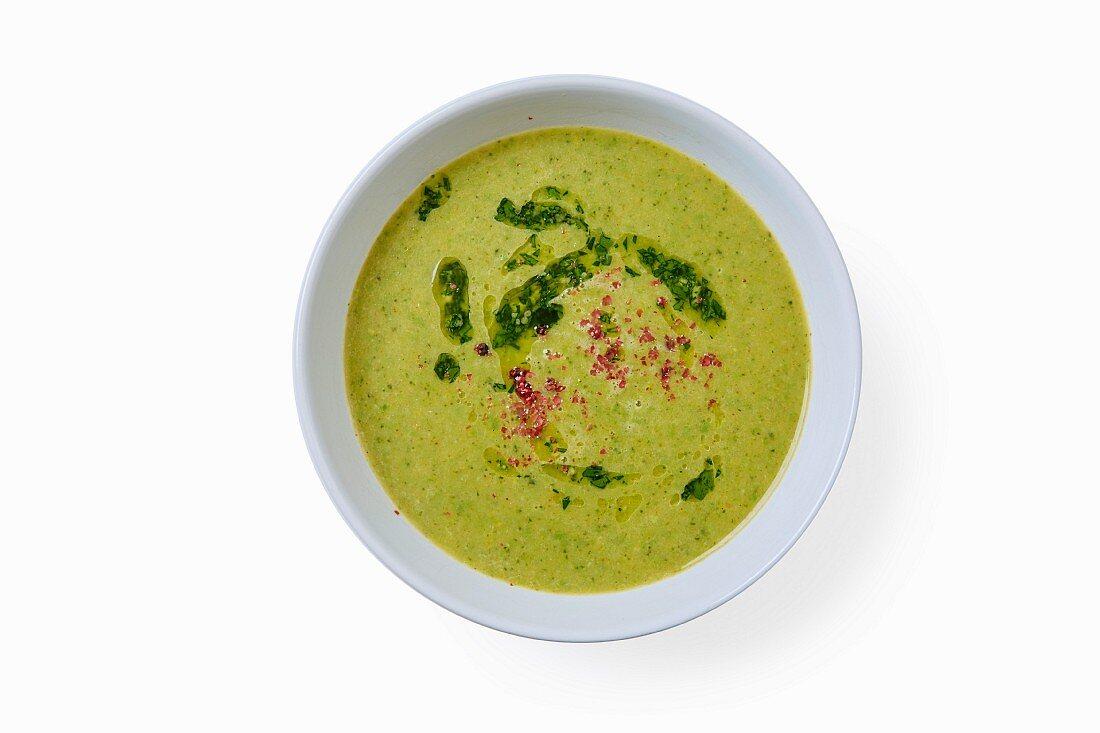 Broccoli soup with the Moroccan spice mixture ras el hanout