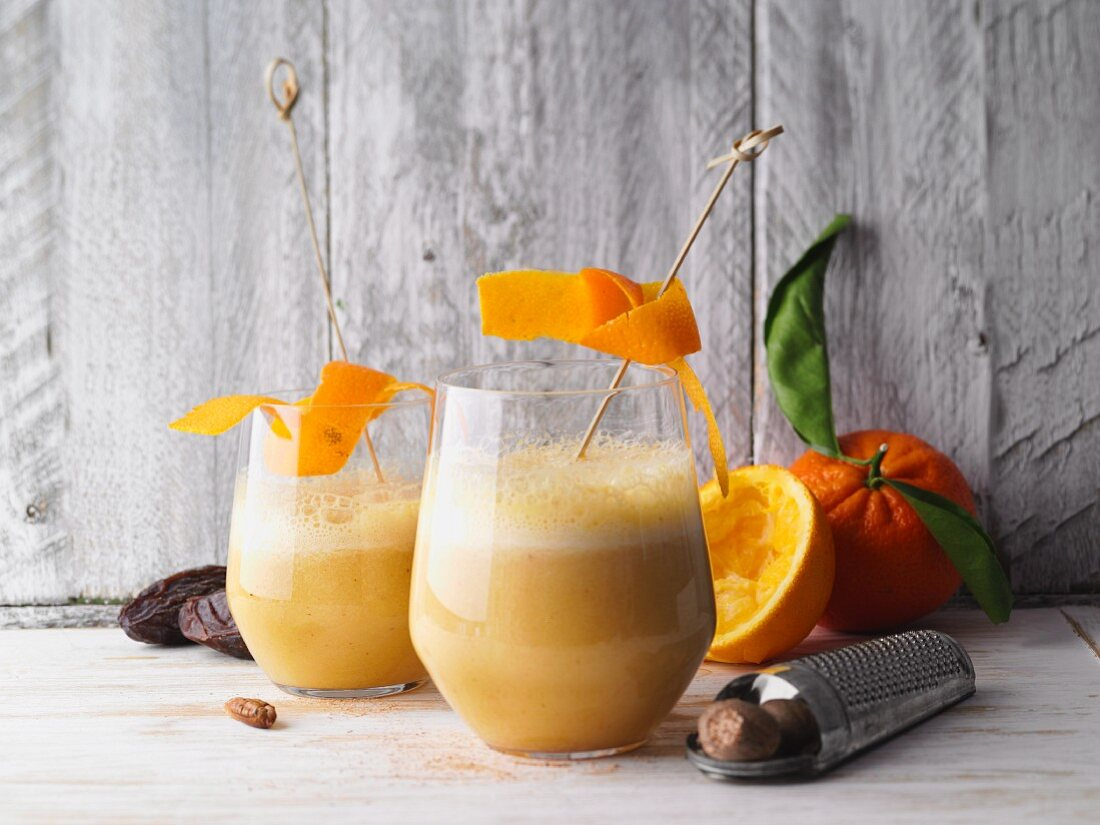 Orange and date shake with pear and nutmeg