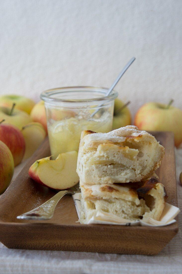 Quick apple bake slices