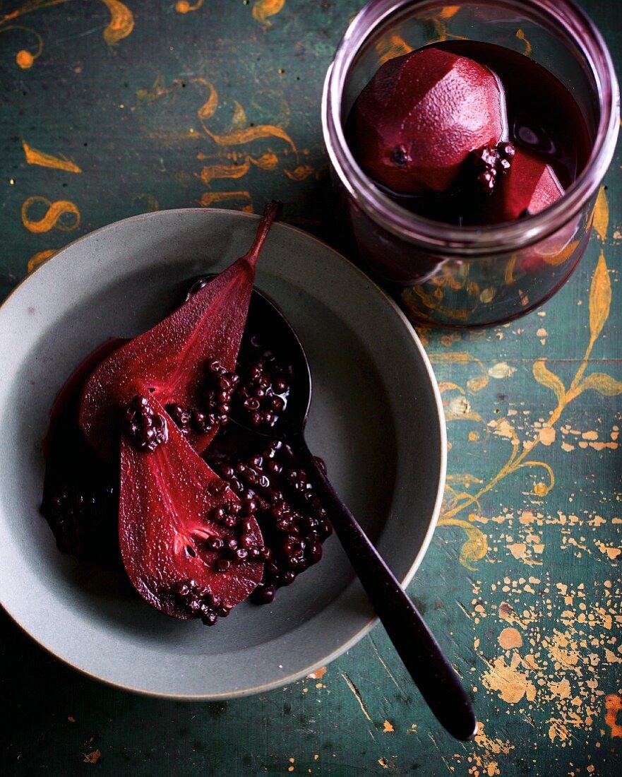 Preserved pears with elderberries