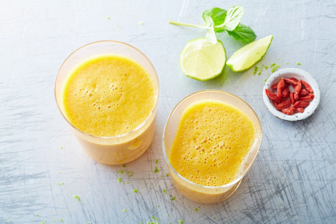 'Sunny Morning' vegan pineapple and watermelon drink with goji berries