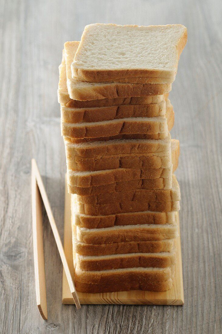 Slices of toast in a pile