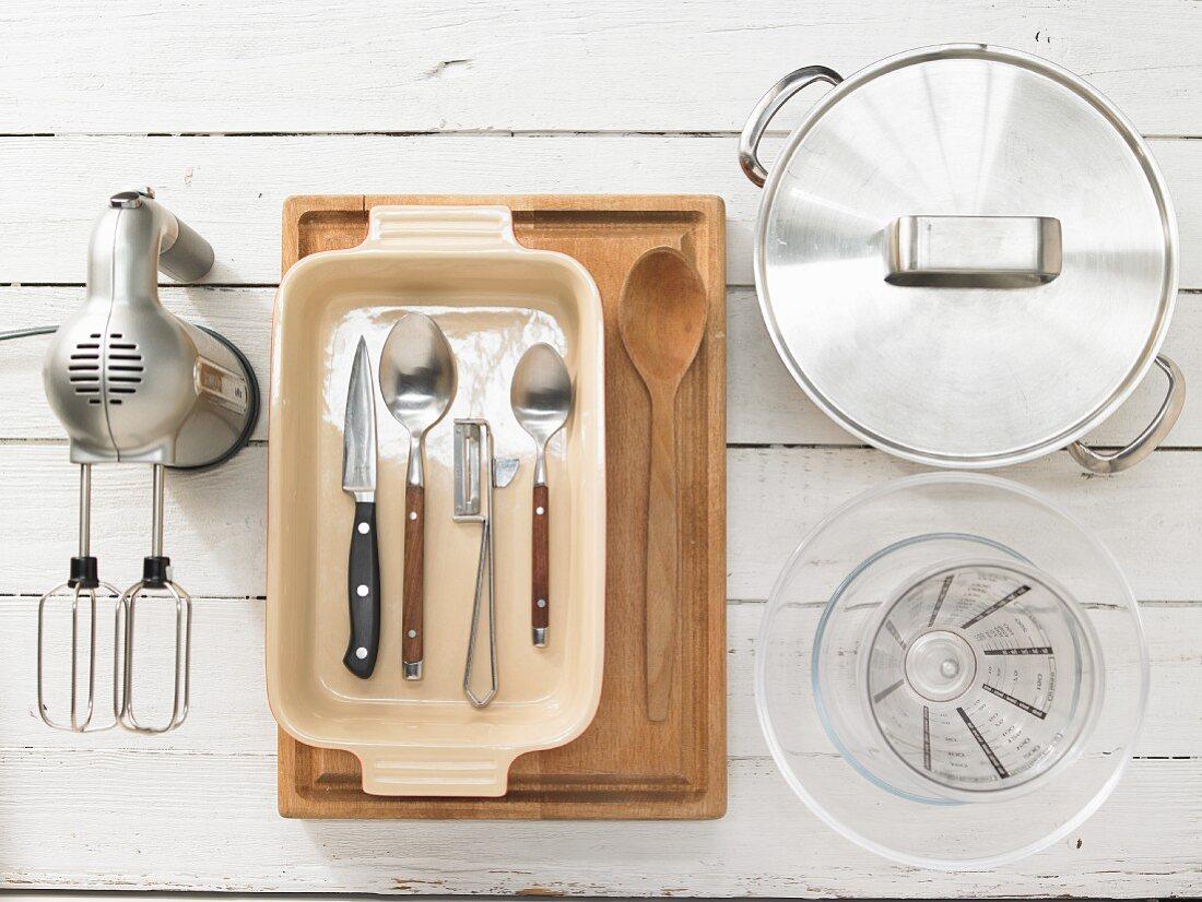 Kitchen utensils for making a quark bake