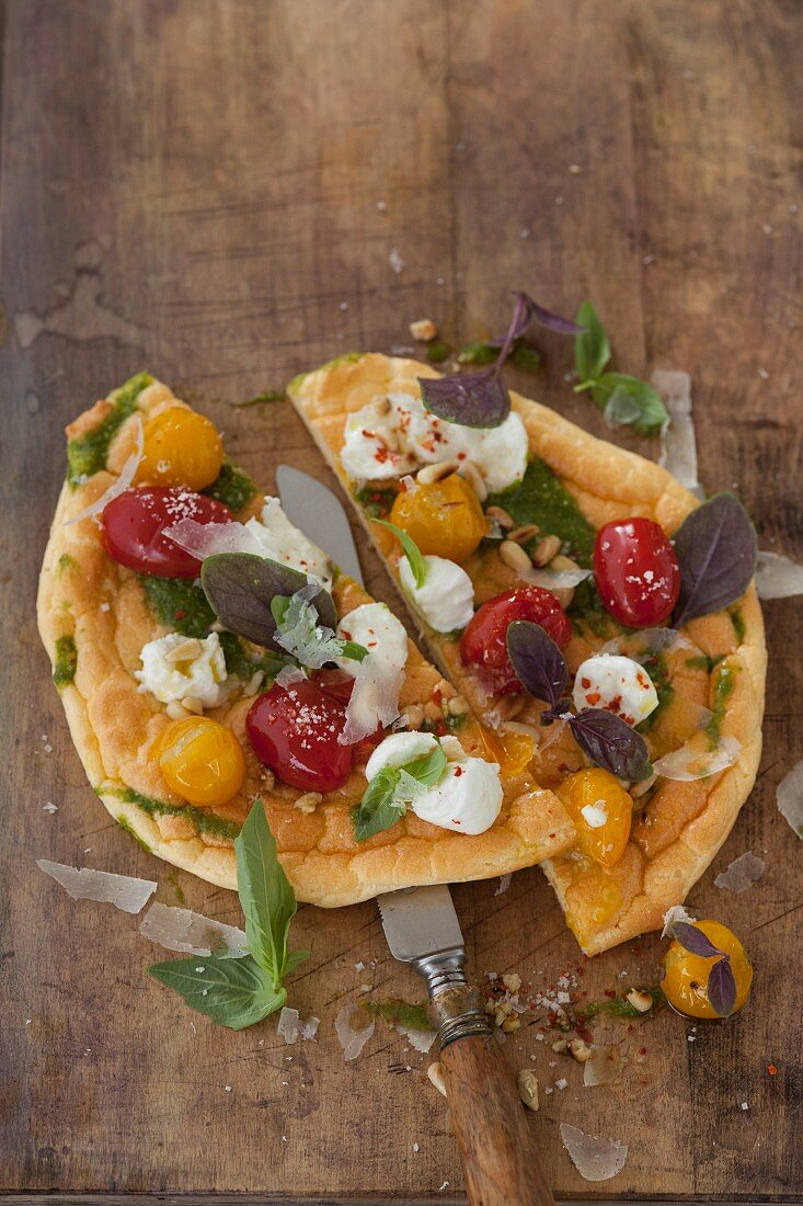 Cloud Bread Pizza (carb-free dough) with red and yellow tomatoes