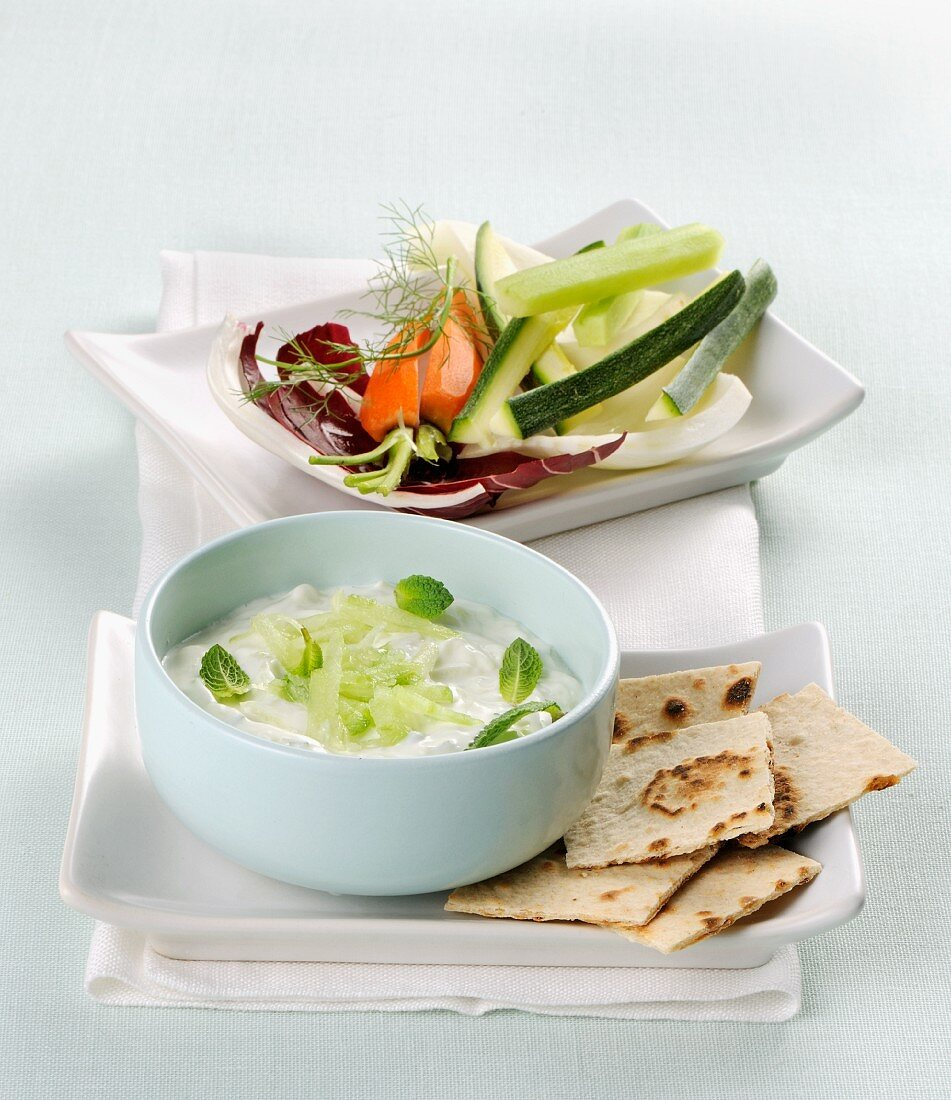 Tzatziki with soy yoghurt and raw vegetables