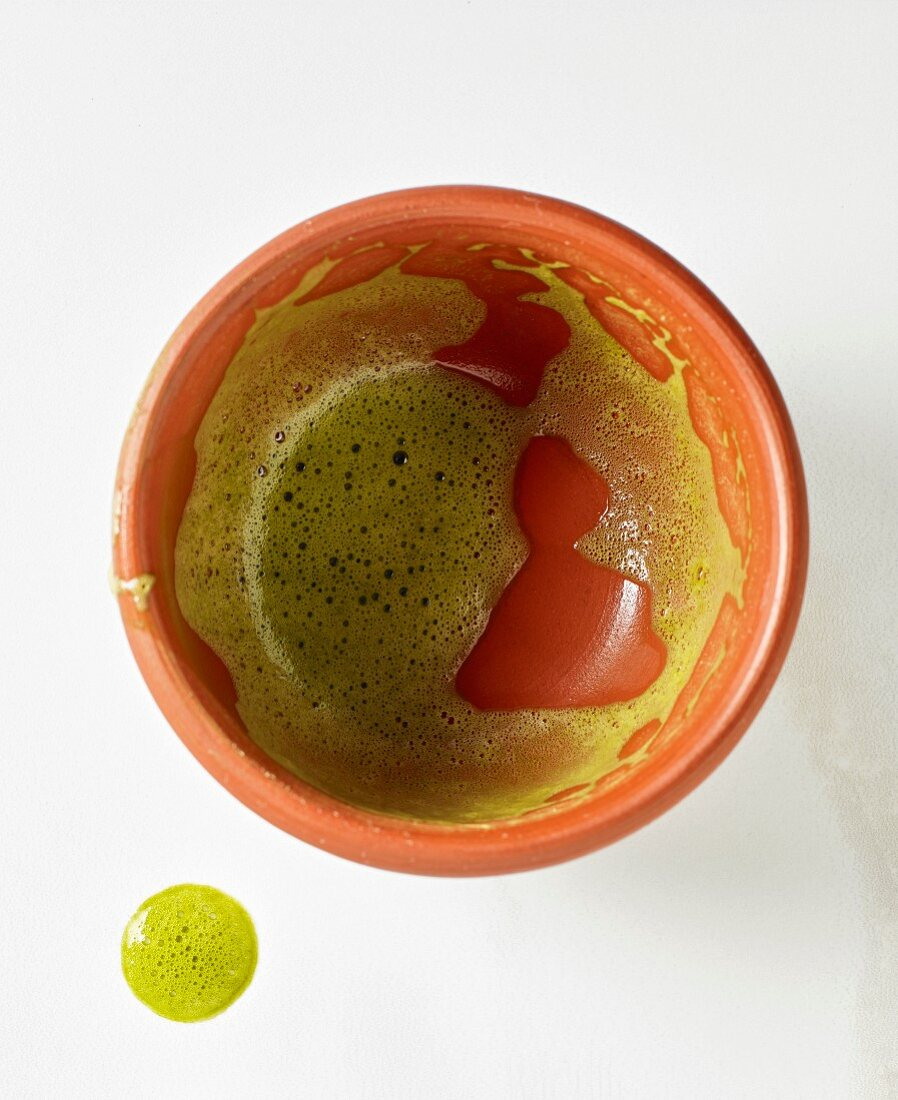 An empty bowl of matcha tea (seen from above)