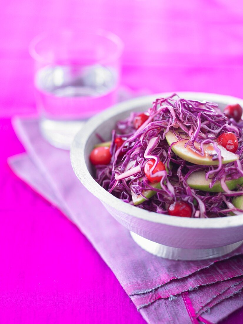 Red cabbage salad with apples and cranberries