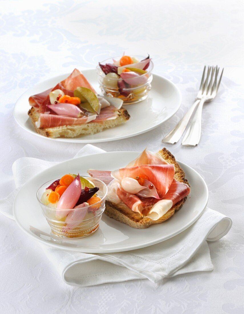 Prosciutto crudo toscano con giardiniera (Tuscan raw ham with preserved vegetables, Italy)