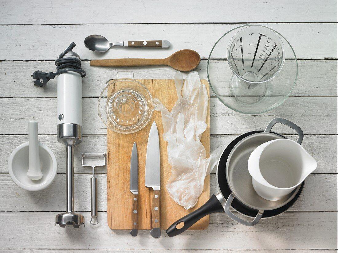Kitchen utensils for making black salsify risotto