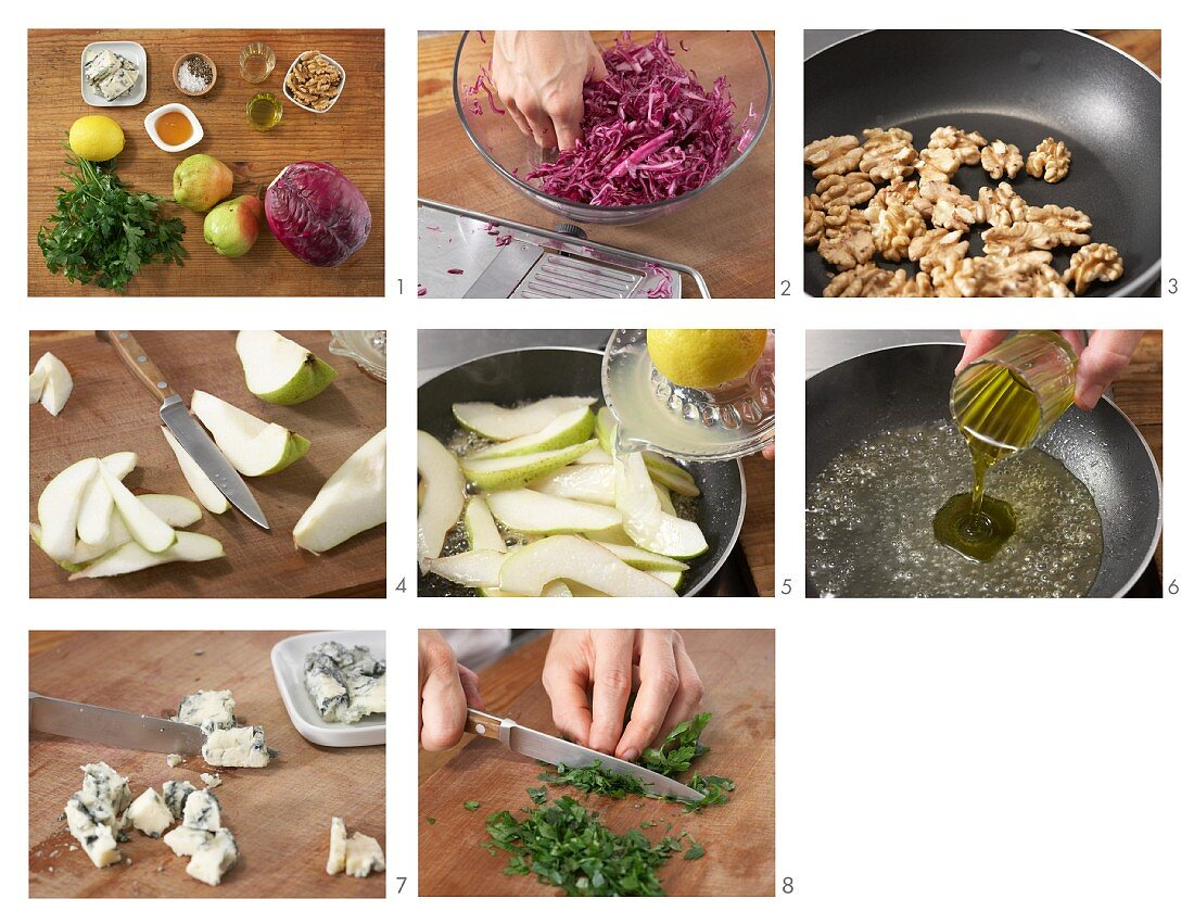 Pear red cabbage with Roquefort being made