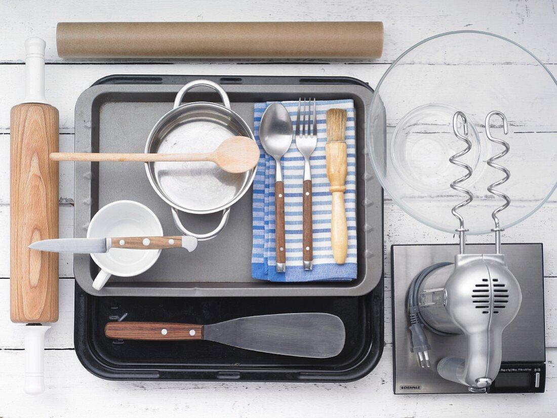 Kitchen utensils for making yeast dough