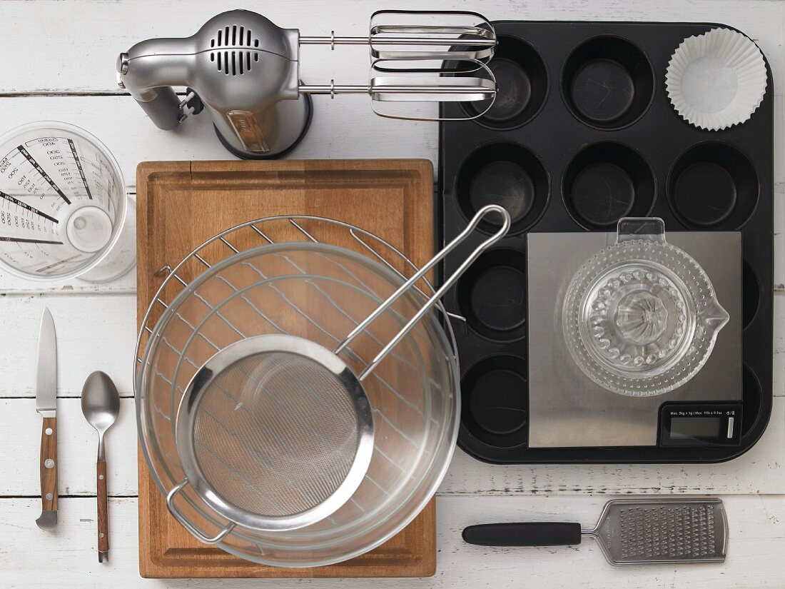 Kitchen utensils required for a recipe