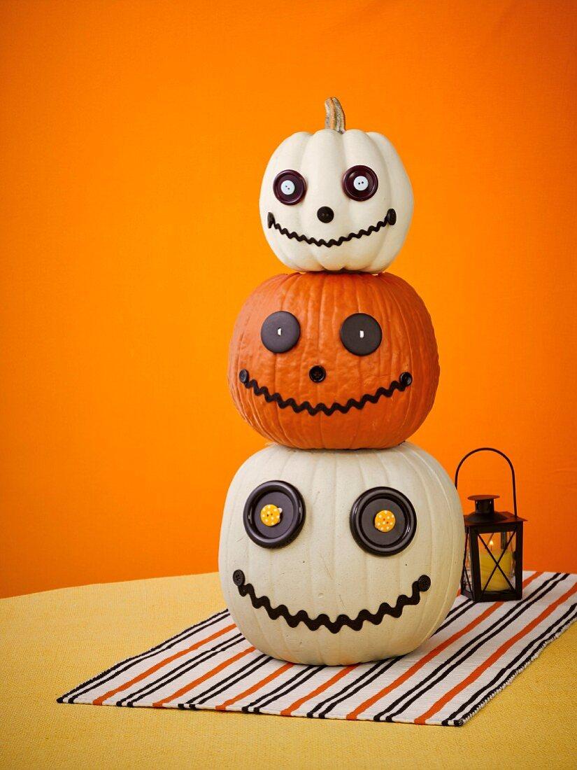 Pumpkin ghosts as Halloween decoration