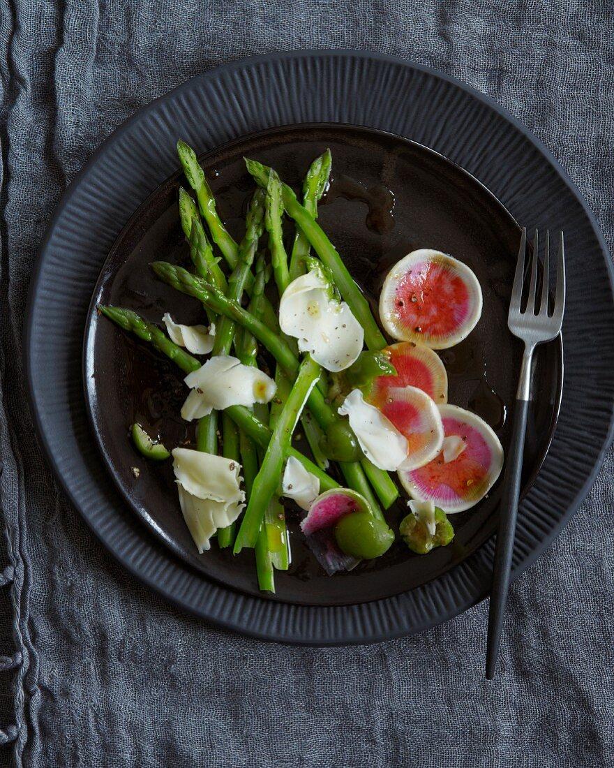 Green asparagus salad with watermelon radish