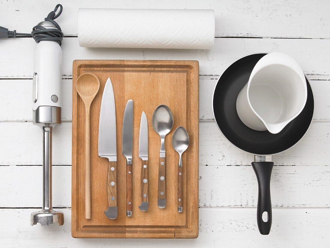 Kitchen utensils for preparing canapés