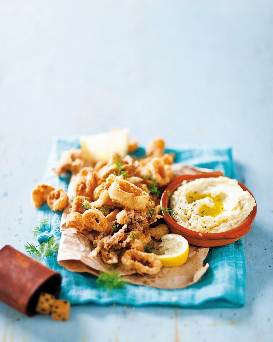 Fried calamari with Skordalia (Greece)
