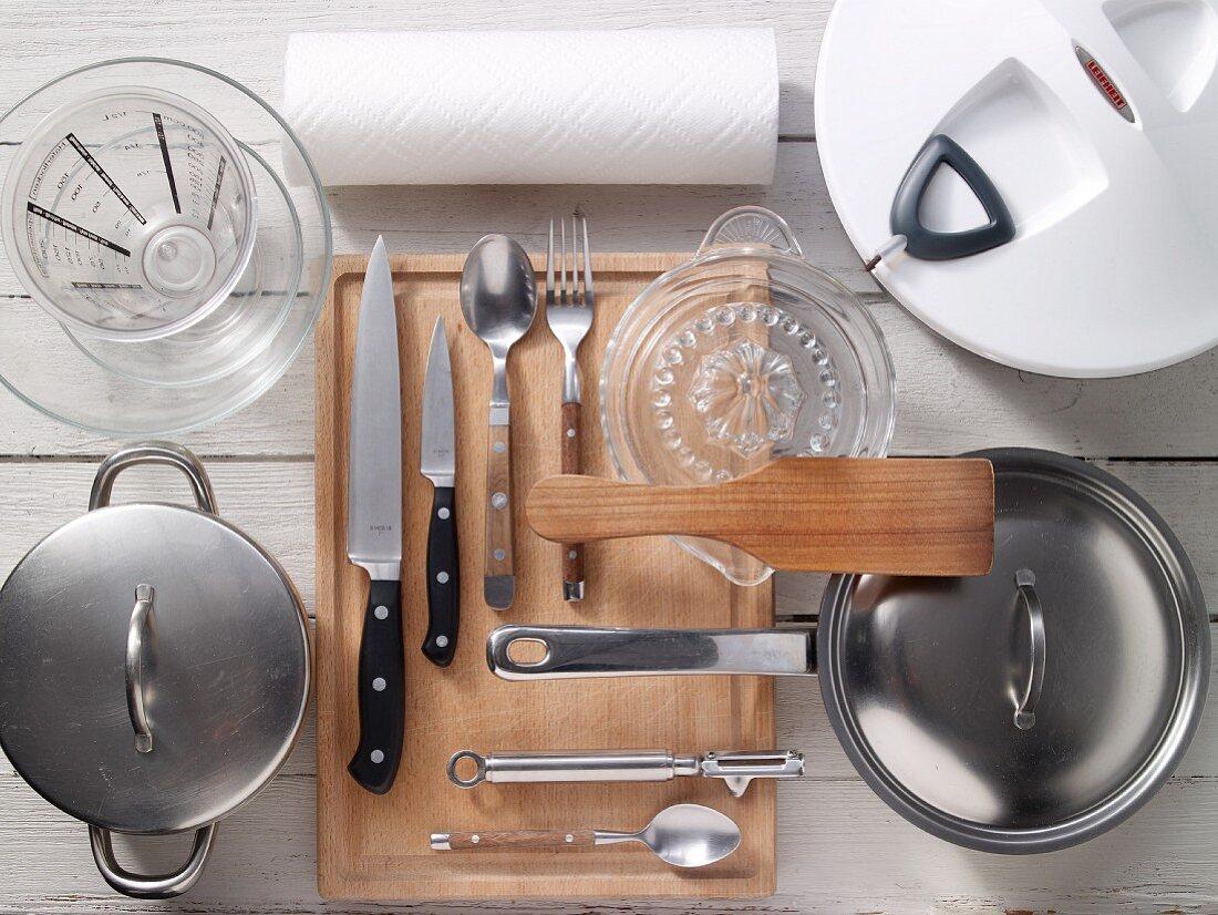 Kitchen utensils for making fish