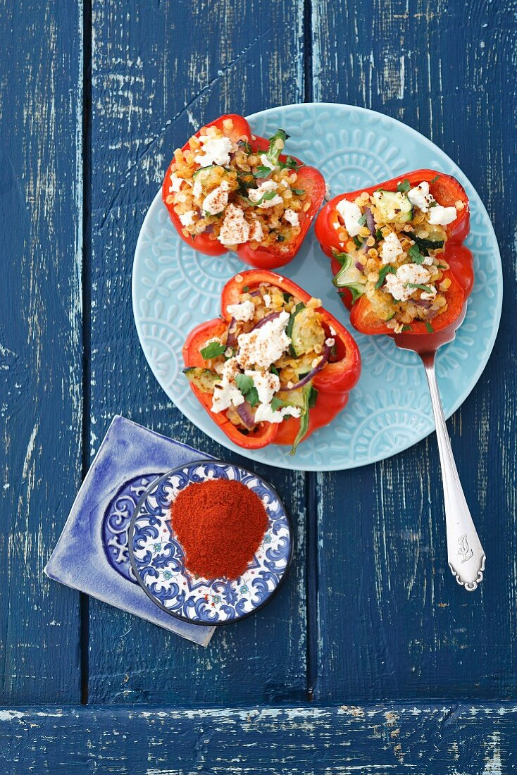 Peppers filled with lentils, courgette and feta cheese