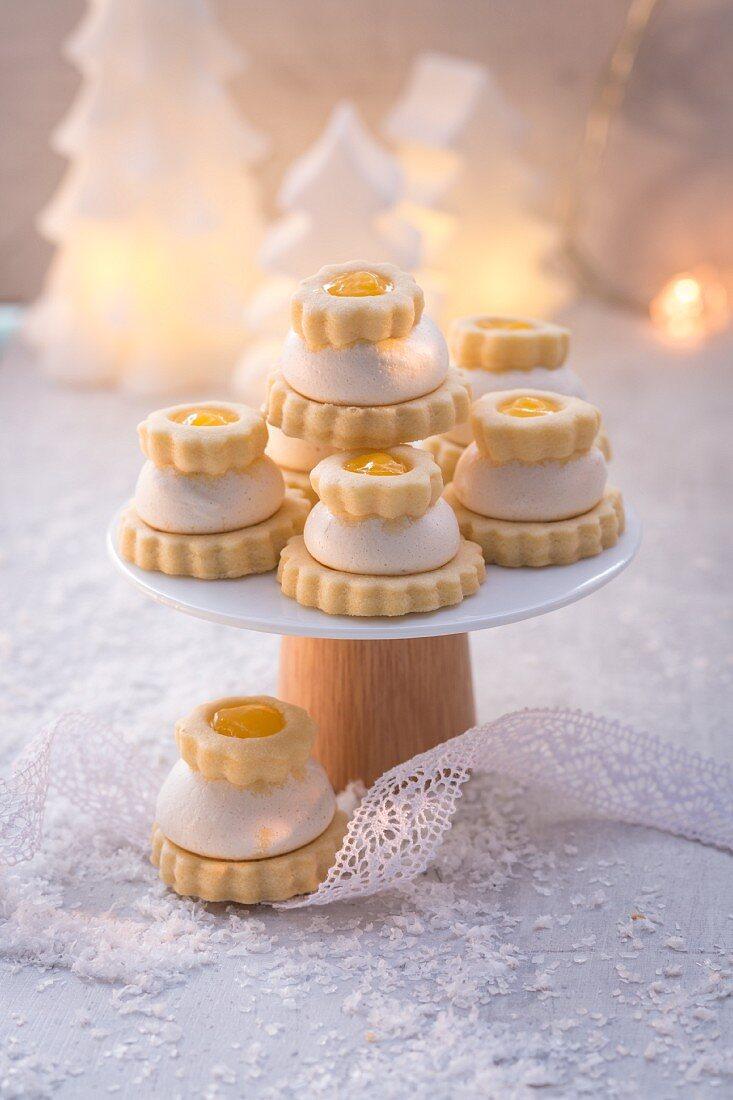Lemon cakes for Christmas