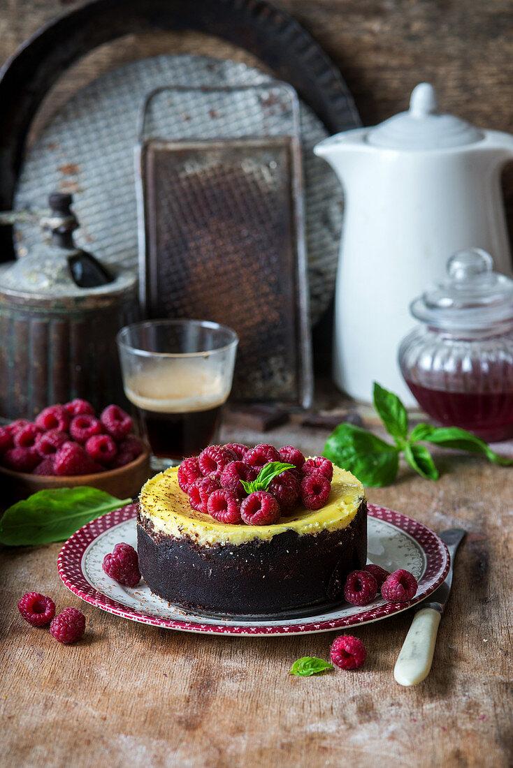Oreo cheesecake with raspberries