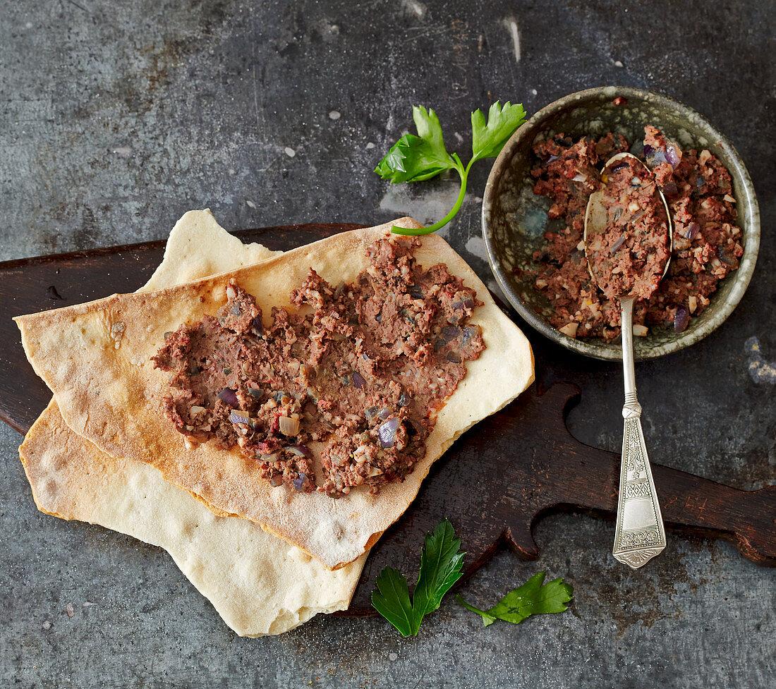 Matzen with pate kavet – Israeli liver pâté