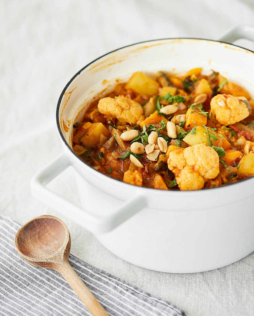 East African stew with cauliflower and potatoes