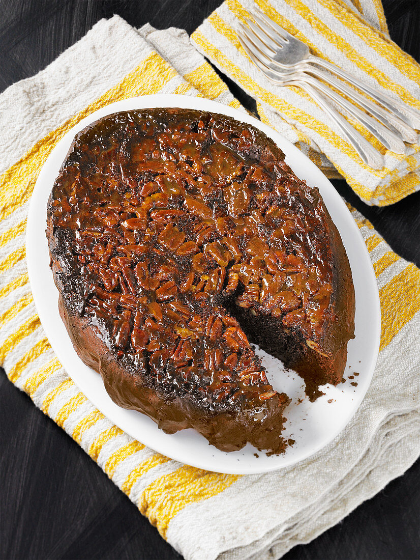 Chocolate pecan upside down cake cooked in a slow cooker