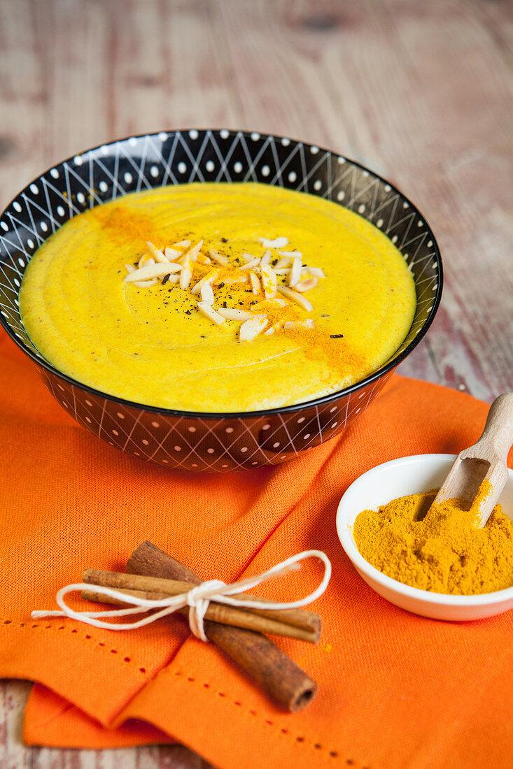 Golden turmeric pudding