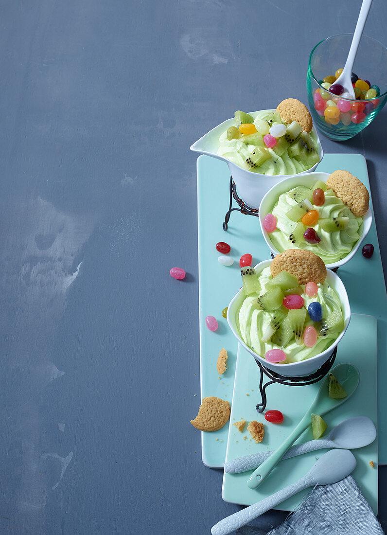 Kiwi and melon frozen yoghurt