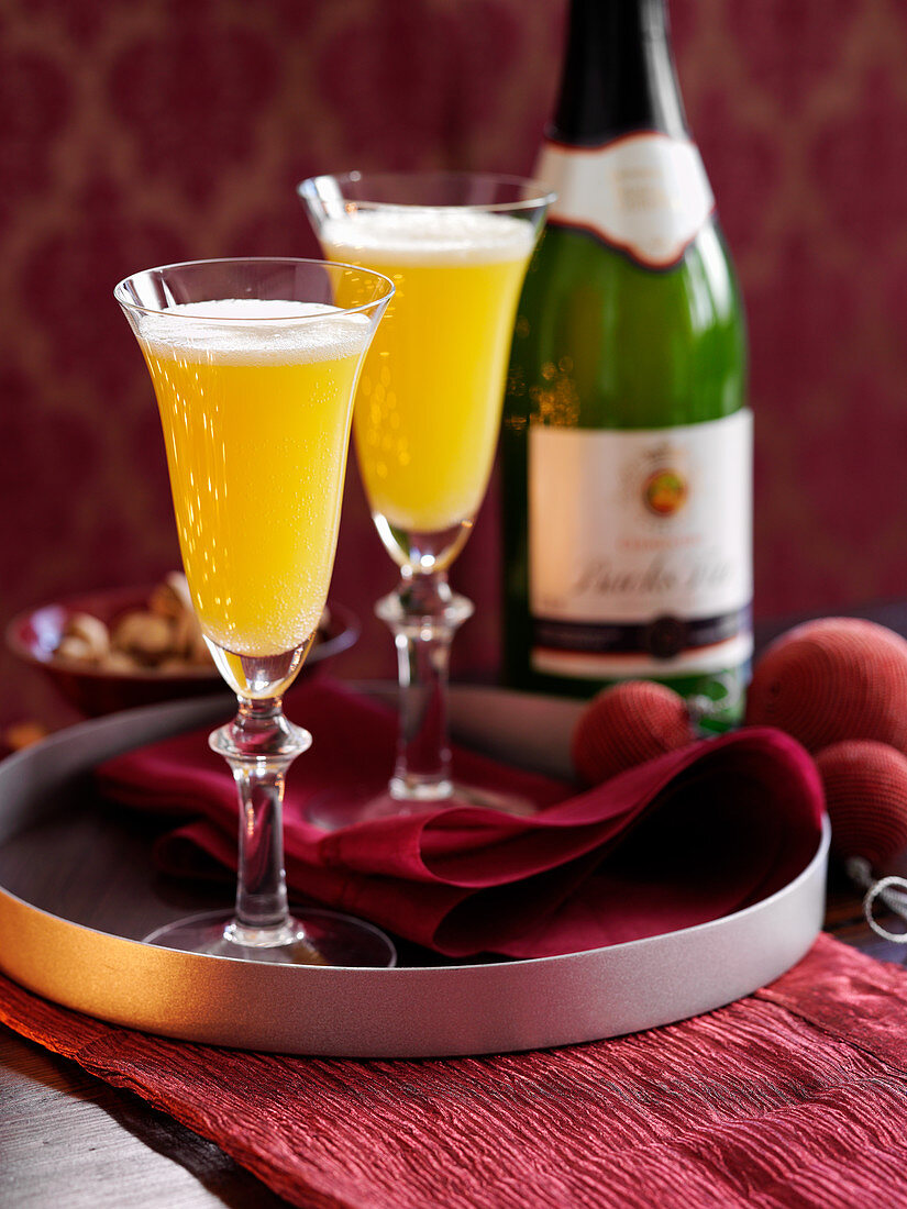 Bucks Fizz cocktails with clementine juice