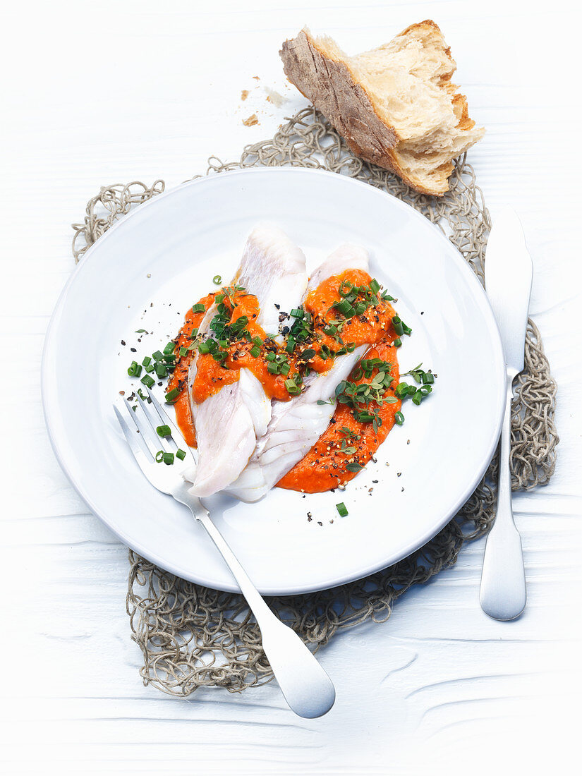 Rose fish with a pepper cream