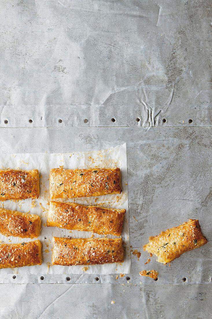 Puff pastry sticks with garlic and gruyere cheese